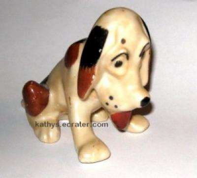 Vintage Japan Ceramic Beagle Blood Hound Dog Animal Figurine