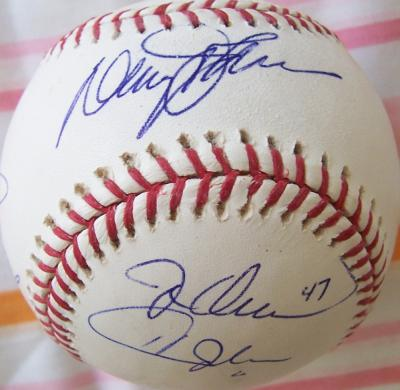 Gary Carter Ron Darling Davey Johnson Howard Johnson Jesse Orosco autographed MLB baseball