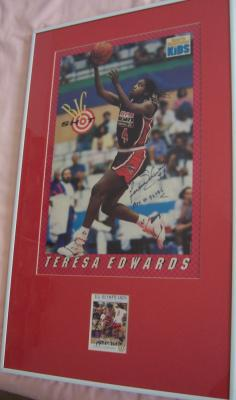 Teresa Edwards autographed US Olympic card & poster matted & framed