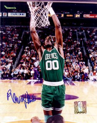 Robert Parish autographed 8x10 Celtics photo