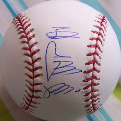 Sadaharu Oh autographed MLB baseball