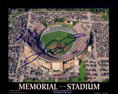 Brooks Robinson & Johnny Unitas autographed Baltimore Memorial Stadium 1991 Final Day 8x10 photo