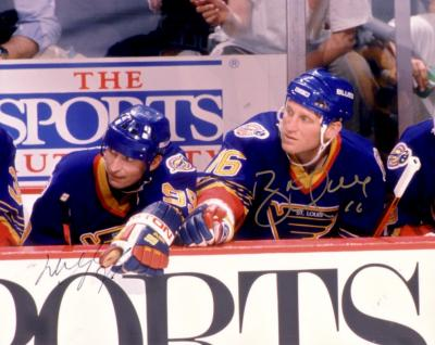 Wayne Gretzky & Brett Hull autographed St. Louis Blues 8x10 photo