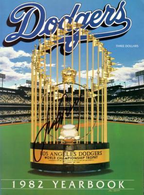 Steve Garvey autographed Los Angeles Dodgers 1982 Yearbook