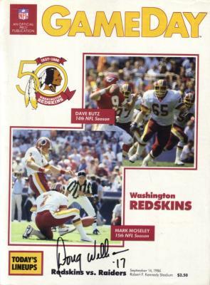 Doug Williams autographed Washington Redskins 1986 game program