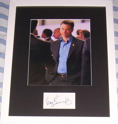 Gary Sinise autograph matted & framed with 8x10 photo