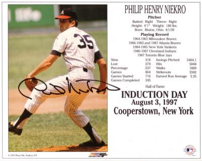 Phil Niekro autographed Atlanta Braves HOF Induction Day 8x10 photo card