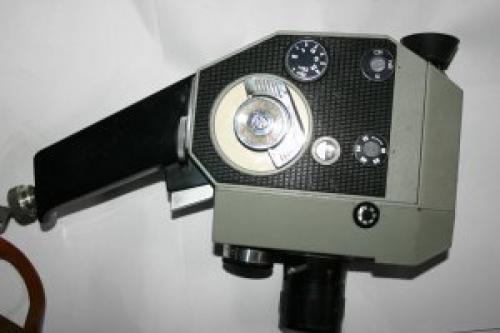 Quarz 5 8mm Cine Clockwork Camera USSR KMZ Krasnogorskiy Mekhanicheski