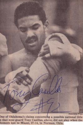 Tony Casillas autographed Oklahoma Sooners 1985 newspaper photo