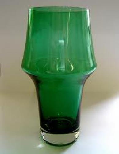 Antiques; Vases - 1950&#039;s GREEN GLASS VASE