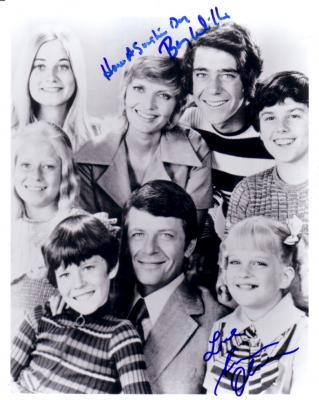 Susan Olsen &amp; Barry Williams autographed 8x10 Brady Bunch cast photo