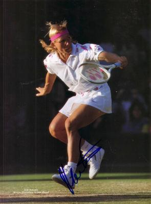 Martina Navratilova autographed tennis magazine photo