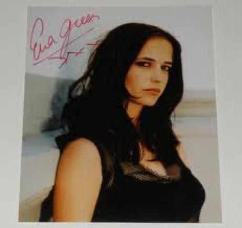 Memoribilia; AUTOGRAPH – EVA GREEN. Original Hand Signed Photo