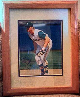 Mark McGwire autographed Oakland A&#039;s 8x10 photo matted &amp; framed (rare full signature)