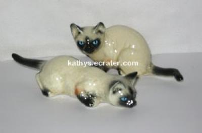 Lot 2 Ceramic Siamese Cats Animal Figurine
