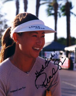 Pearl Sinn autographed 8x10 LPGA photo