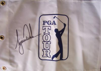 Tiger Woods autographed PGA Tour logo embroidered golf pin flag