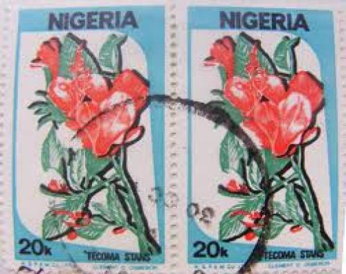 Nigerian Stamps; 2 stamps - Flowers - Tecoma Stans